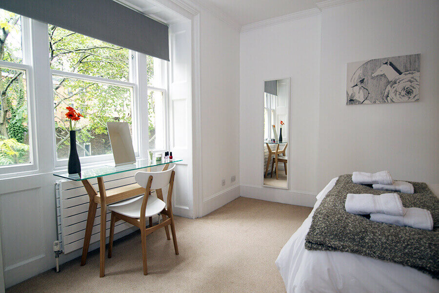 Gower Street Two Bedroom Apartment 18