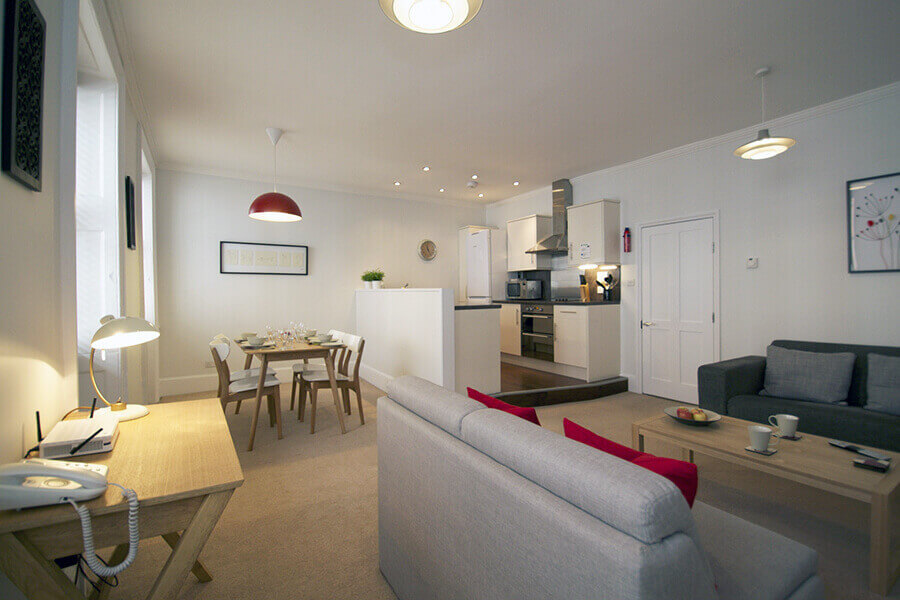 Book Two Bedroom Apartments For Three Persons In London Bloomsbury Apartments