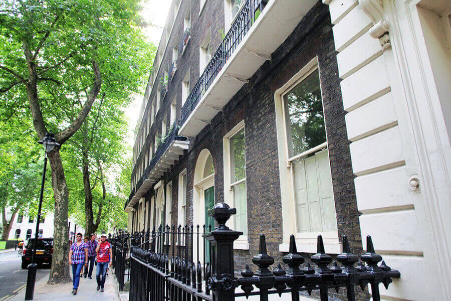 Bloomsbury Place Three Bedroom Apartment 4