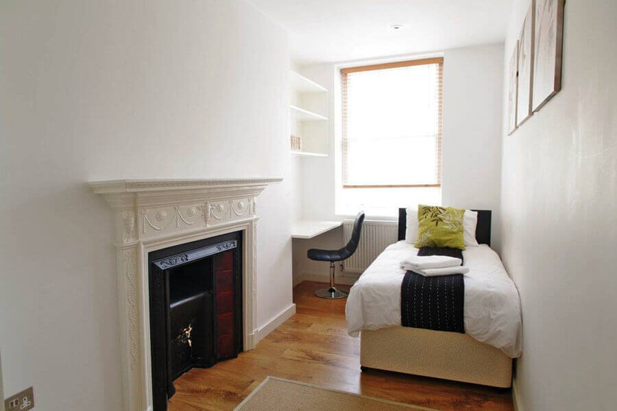 Byng Place Small Two Bedroom Apartment 2