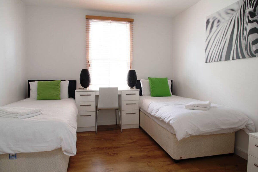 Byng Place Three Bedroom Apartment 4