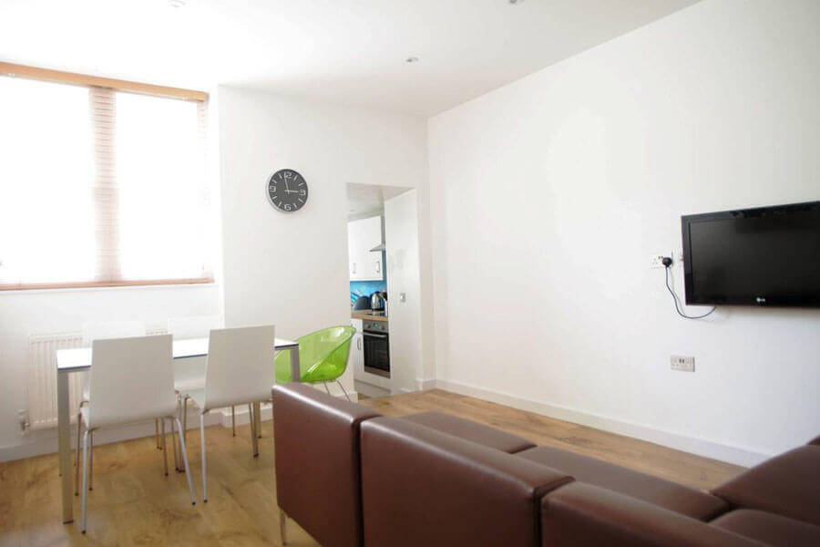 Byng Place Two Bedroom Apartment 3