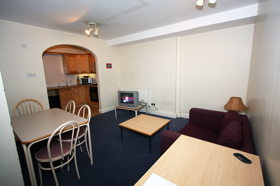 Crawford House One Bedroom Apartment 2